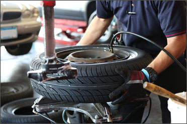 Peekskill Shell Auto Repair and tires located on Division Street in Peekskill NY